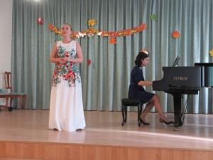 Преподаватель по классу вокала Найденова А.В. и преподаватель по классу фортепиано Салос Н.Н.